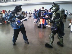 AC 2012 - Frostcat vs. (Furry) Master Chief: Mascot Standoff|by Frost the Cat